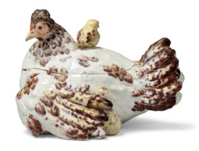 A CHELSEA PORCELAIN 'HEN AND CHICKS' TUREEN AND COVER