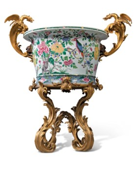 A LARGE FRENCH ORMOLU-MOUNTED CHINESE FAMILLE ROSE PORCELAIN