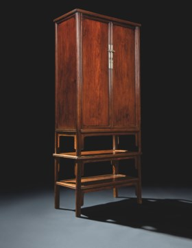 A VERY RARE HUANGHUALI ROUND-CORNER TAPERED CABINETS AND STA