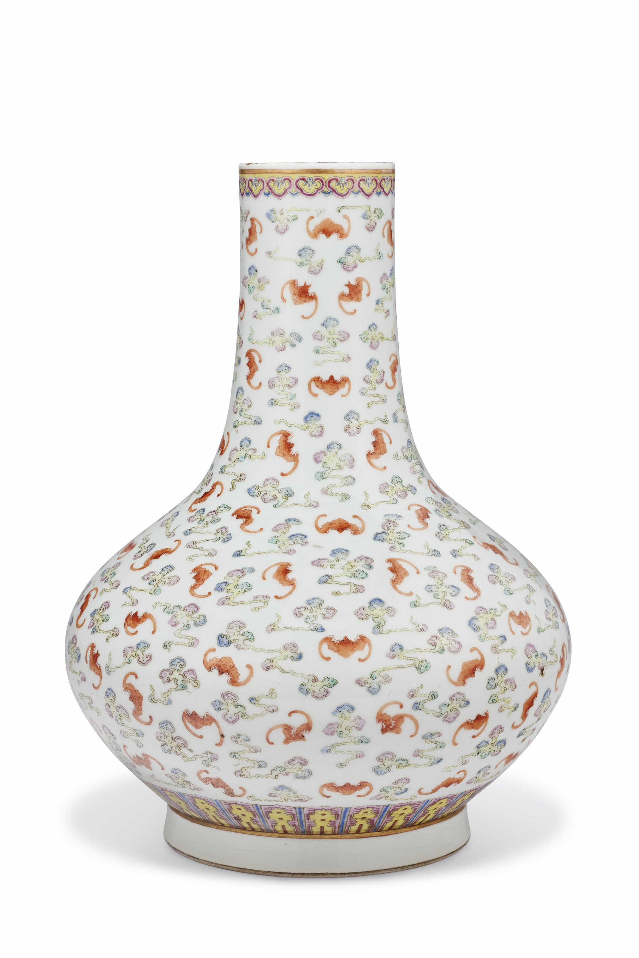 A FAMILLE ROSE 'HUNDRED BATS' BOTTLE VASE