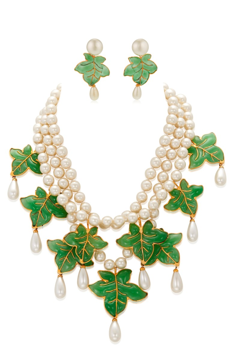 Important Chanel set of Gripoix glass and faux pearl jewellery, late 20th century. Sold for $16,250 in Susan and Karl Important Chanel Fashion Jewelry from the Collection of Mrs. John H. Gutfreund, 14-29 January 2021, Online