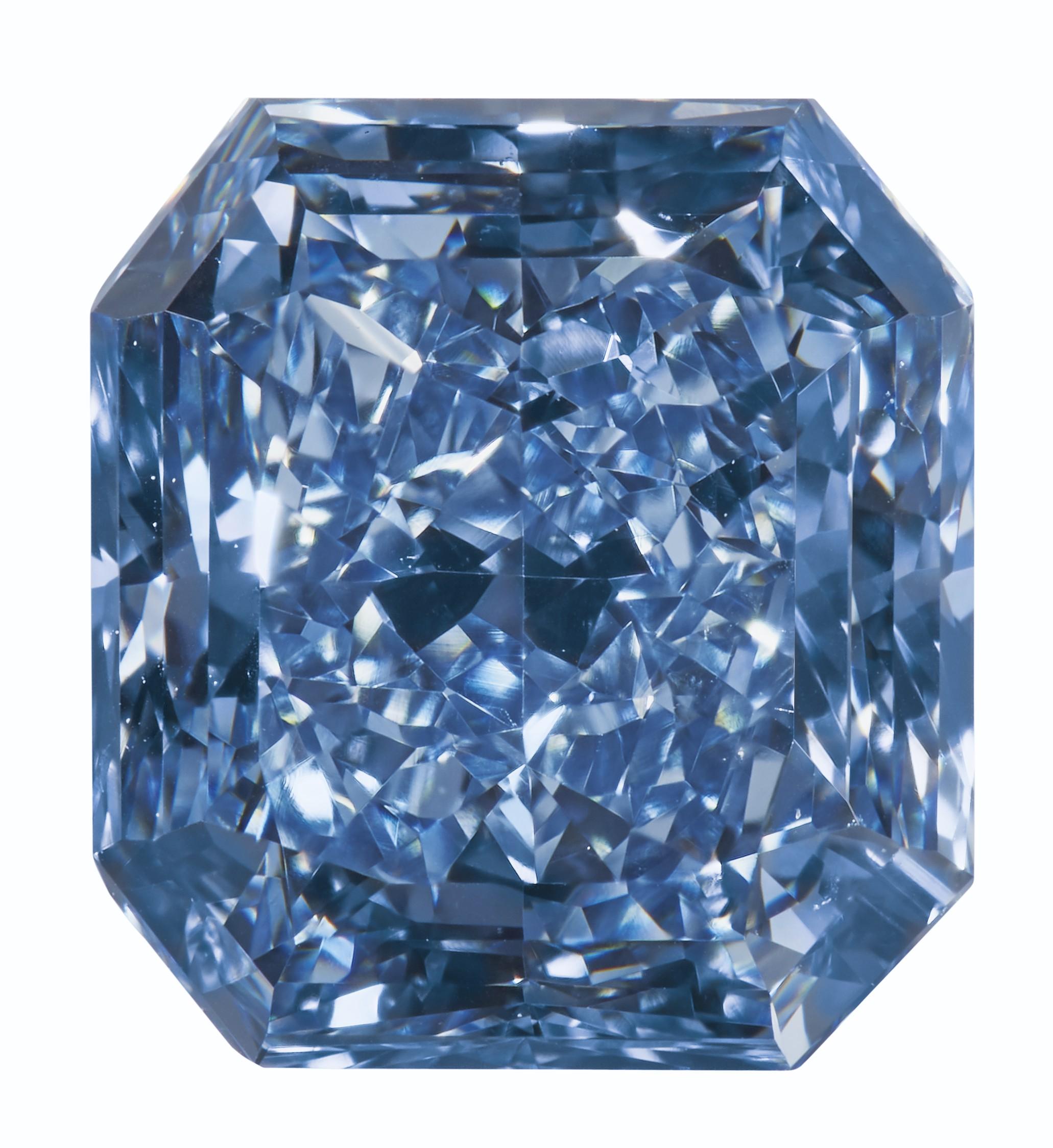 COLORED DIAMOND AND DIAMOND RING