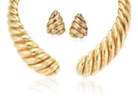 DAVID WEBB SET OF GOLD JEWELRY
