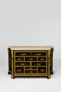 A LATE LOUIS XV ORMOLU-MOUNTED EBONY AND JAPANESE LACQUER COMMODE
