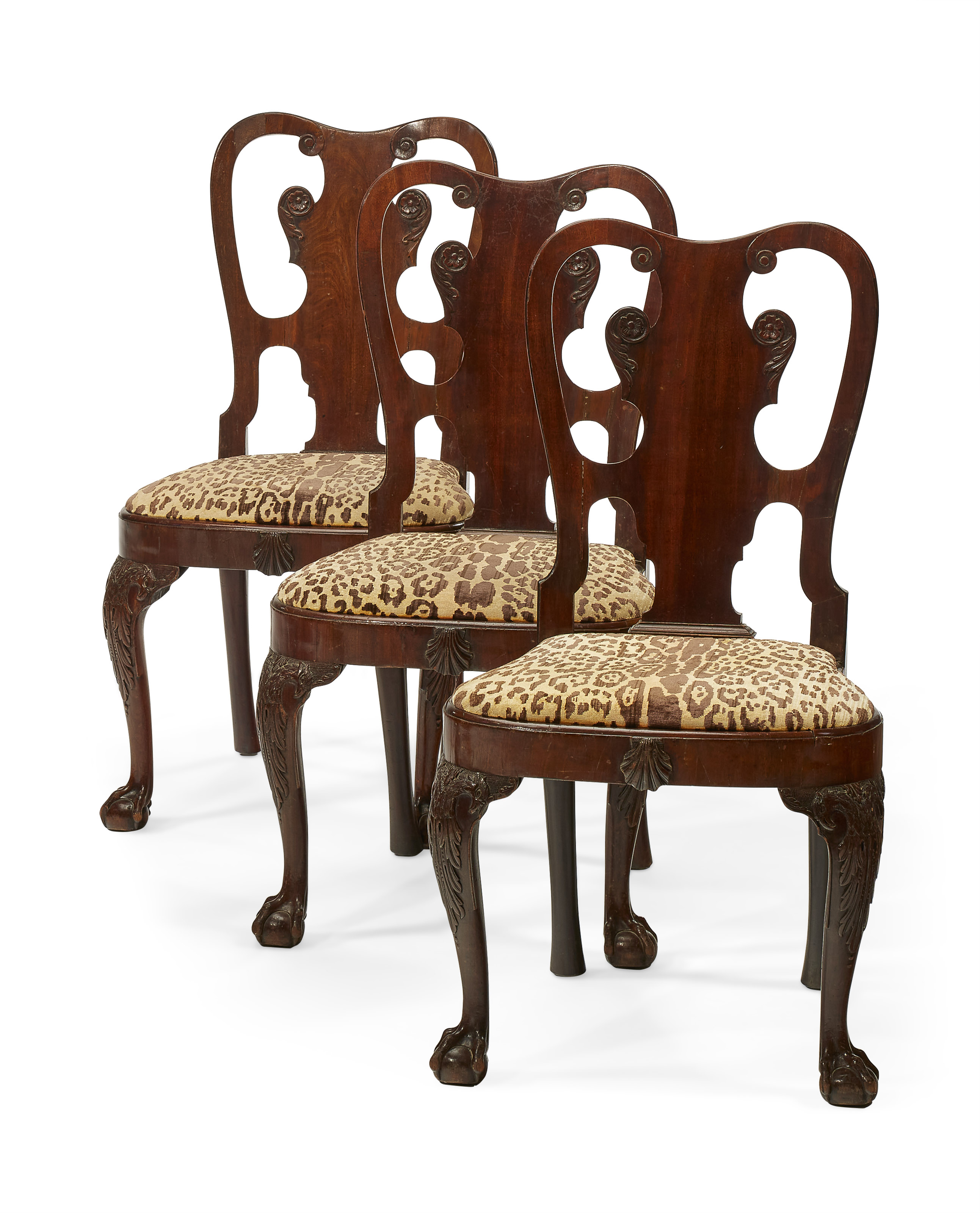 A set of three Irish George II mahogany side chairs, c. 1740.38½  in (98  cm) high. Estimate $4,000-6,000. Offered in The Collector English & European Furniture, Ceramics, Silver & Works of Art on 5-19 October 2021 at Christie's Online