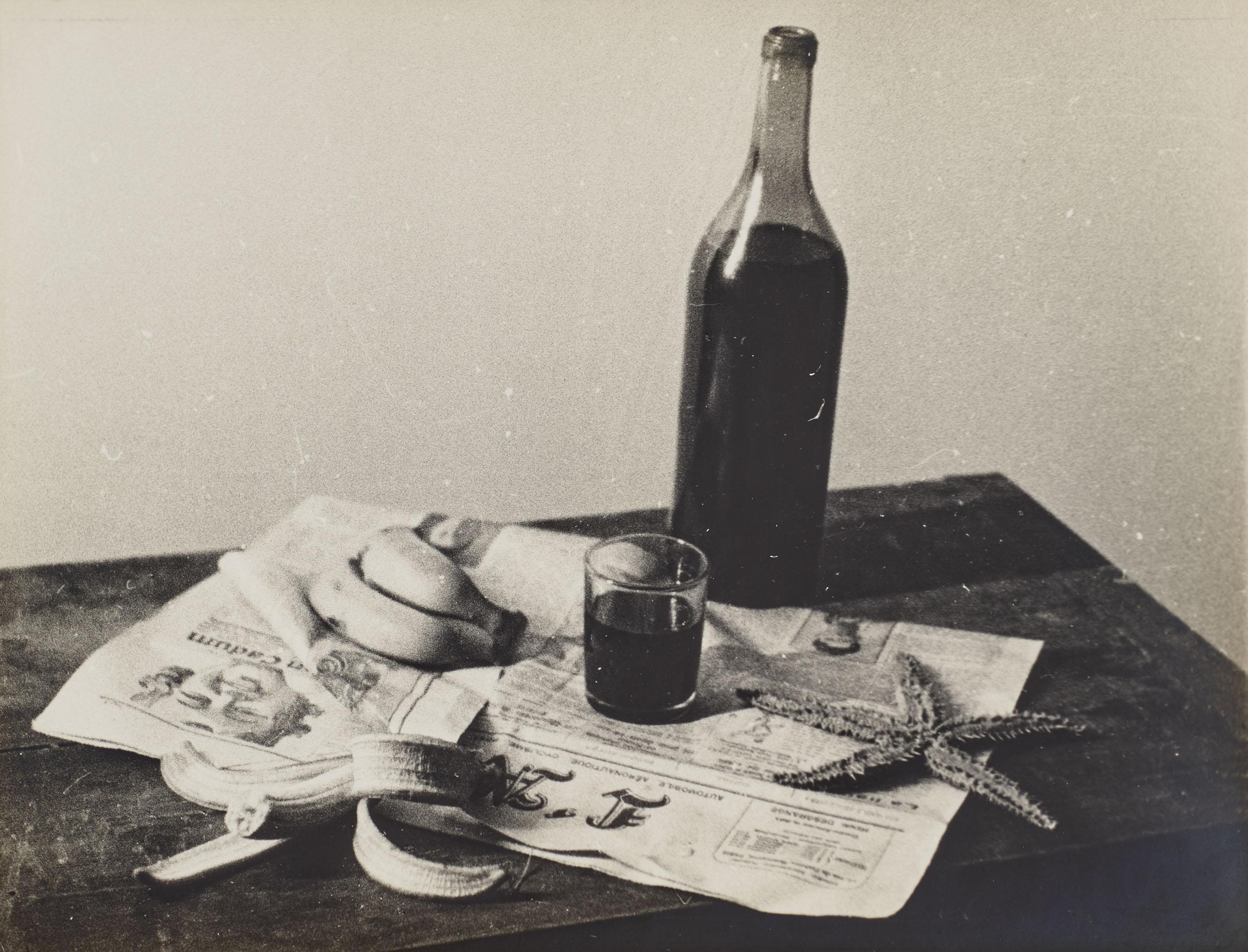 Man Ray (1890-1976), L'Etoile de mer, 1928. Gelatin silver print. 9 x 11¾ in (22.9 x 29.2cm). Estimate €8,000-10,000. Offered in Man Ray et les surréalistes. Collection Lucien et Edmonde Treillardon 2 March 2021at Christies in Paris
