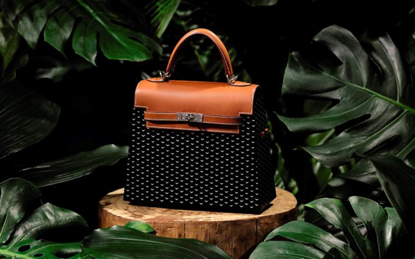 Handbags and Accessories auction at Christies