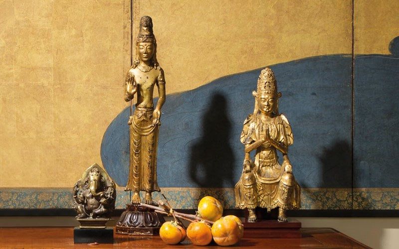Lacquer, Jade, Bronze, Ink: Th auction at Christies