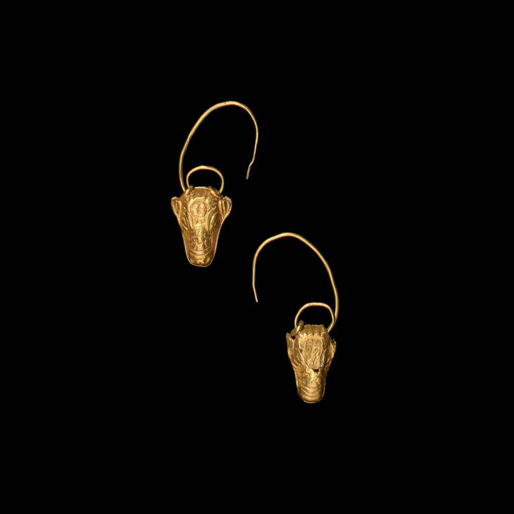 A PAIR OF CYPRIOT GOLD BULL'S