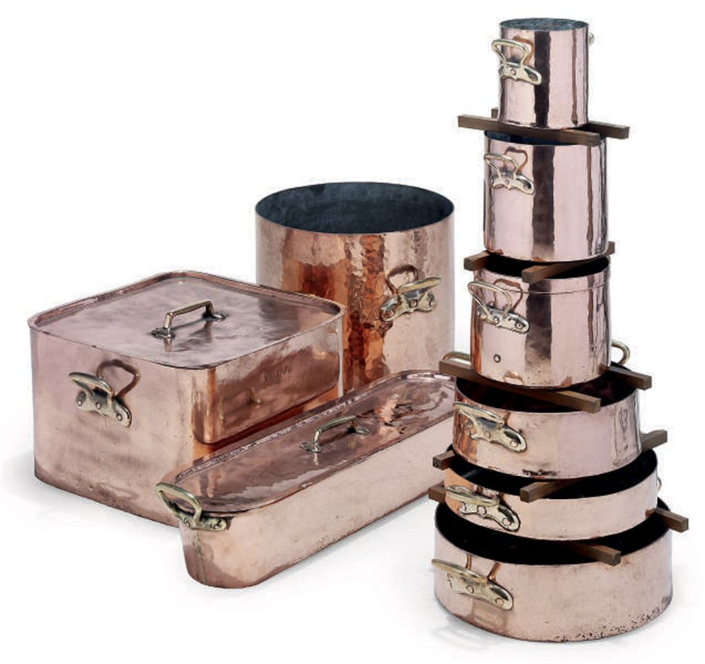AN ASSEMBLED COPPER BATTERIE-D