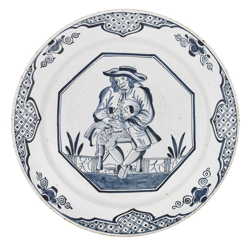 AN ENGLISH DELFT BLUE AND WHITE DISH