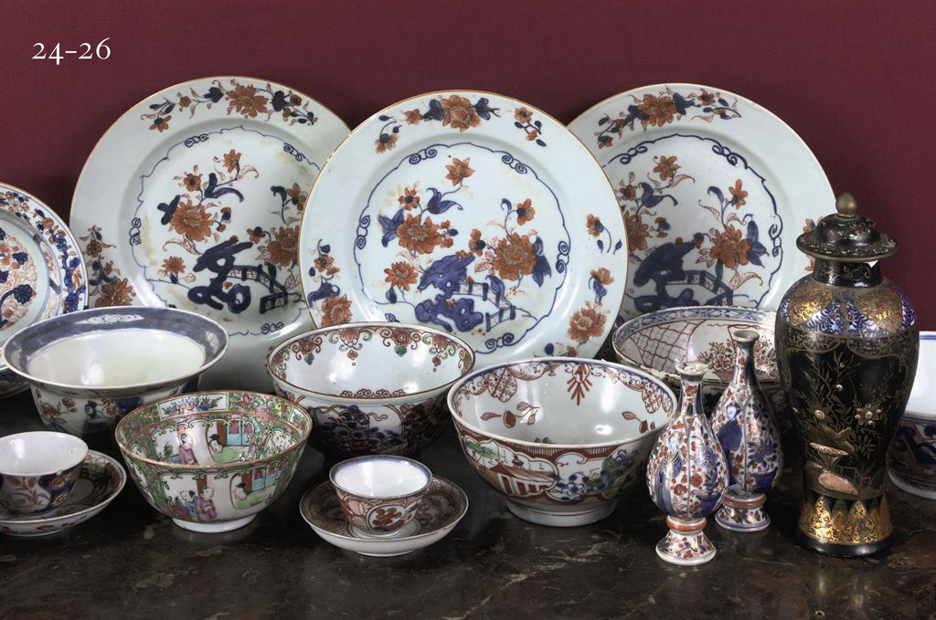 An assorted group of Chinese porcelain