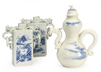 A HIRADO-STYLE PORCELAIN BLUE AND WHITE DOUBLE GOURD TEAPOT AND COVER, AND A PAIR OF TEACADDIES,