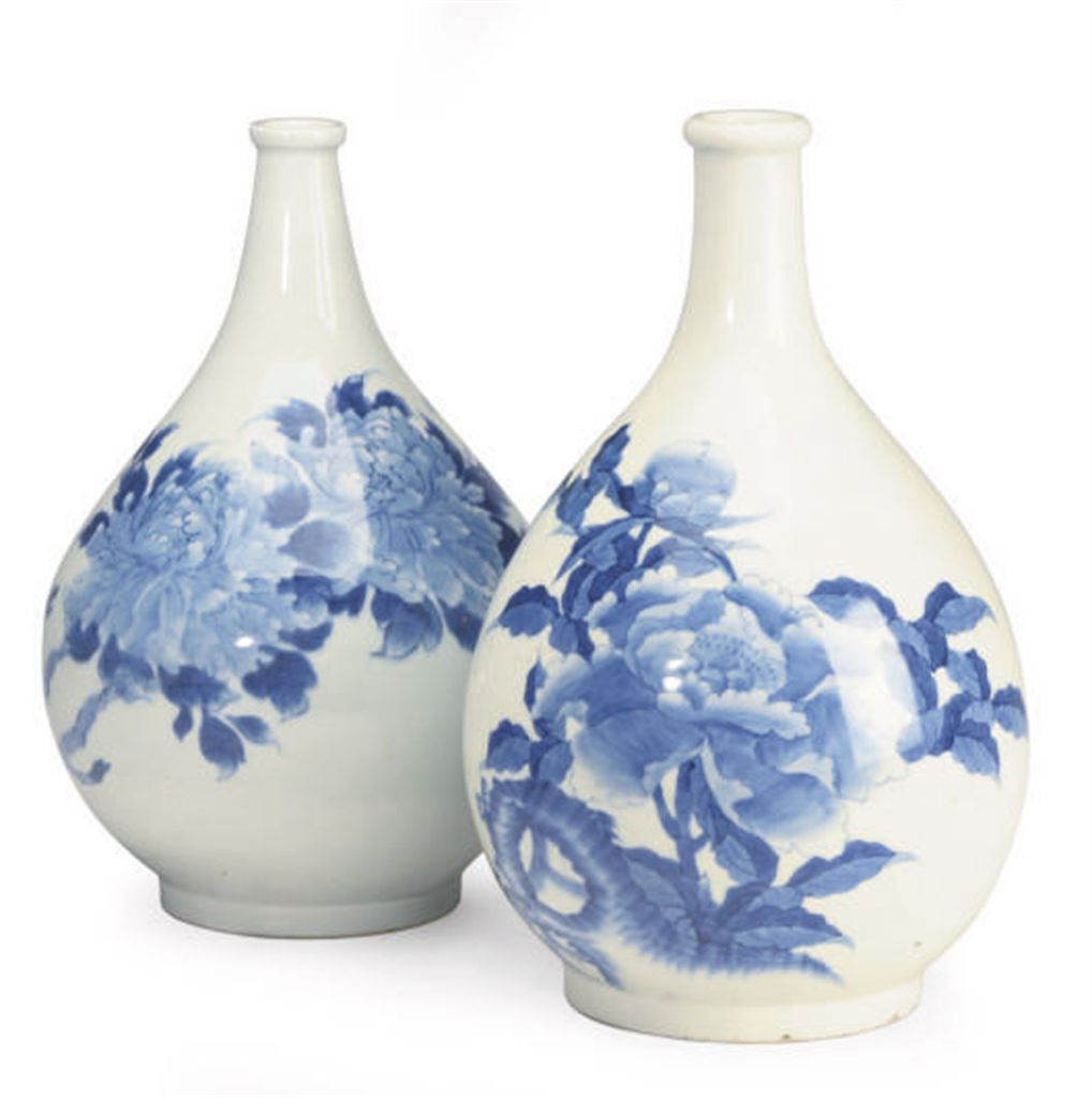 A JAPANESE ARITA STYLE BLUE AN