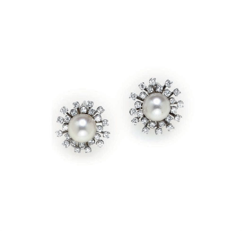 A GROUP OF CULTURED PEARL, DIAMOND AND WHITE GOLD JEWELRY
