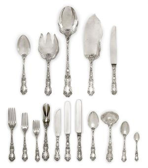 A TABLE SERVICE OF AMERICAN SILVER FLATWARE | MARK OF GORHAM & CO