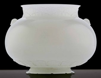 A FINELY CARVED WHITE JADE MUGHAL-STYLE JAR