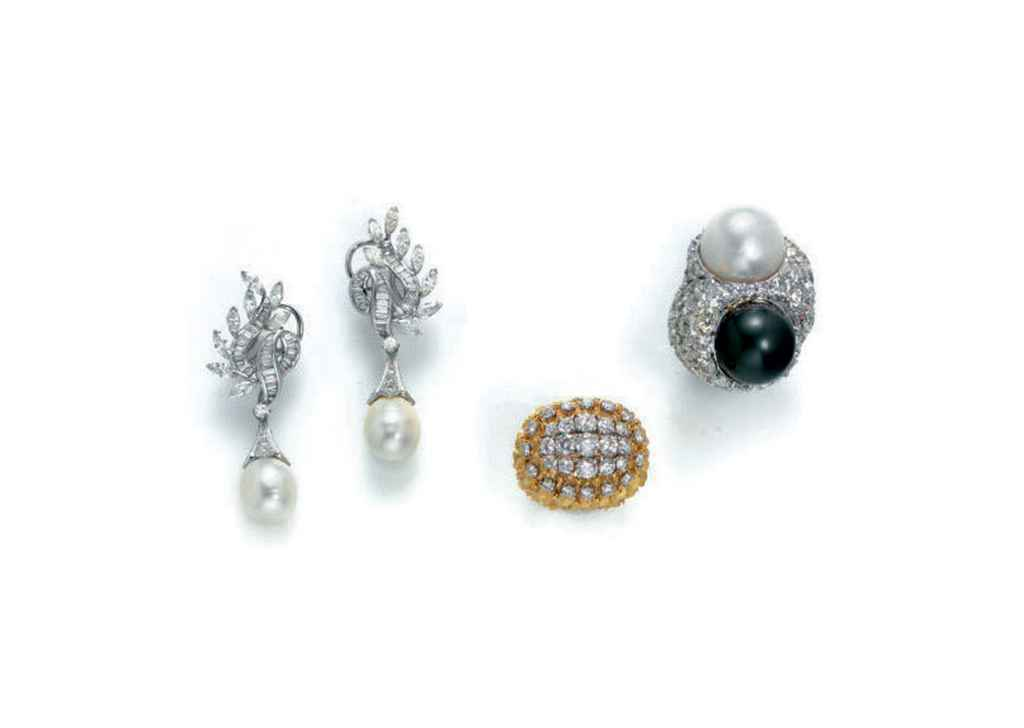 A GROUP OF CULTURED PEARL AND DIAMOND JEWELRY