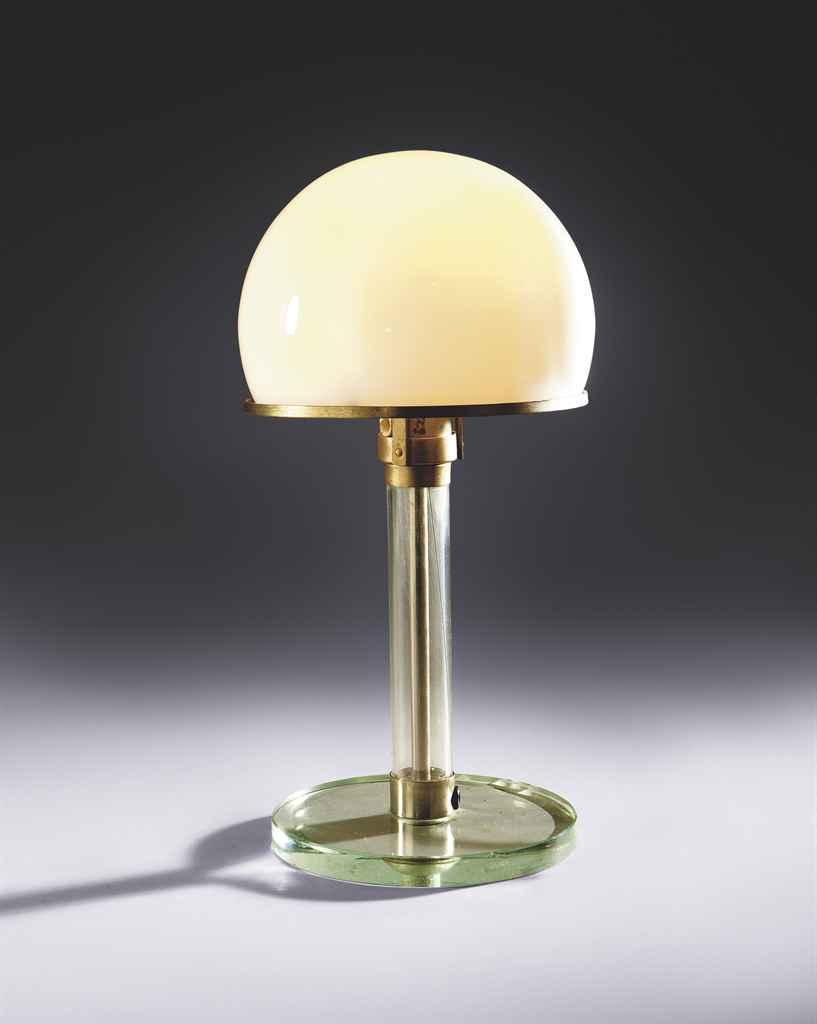 wilhelm wagenfeld 1900 1990 et carl g juncker lampe. Black Bedroom Furniture Sets. Home Design Ideas