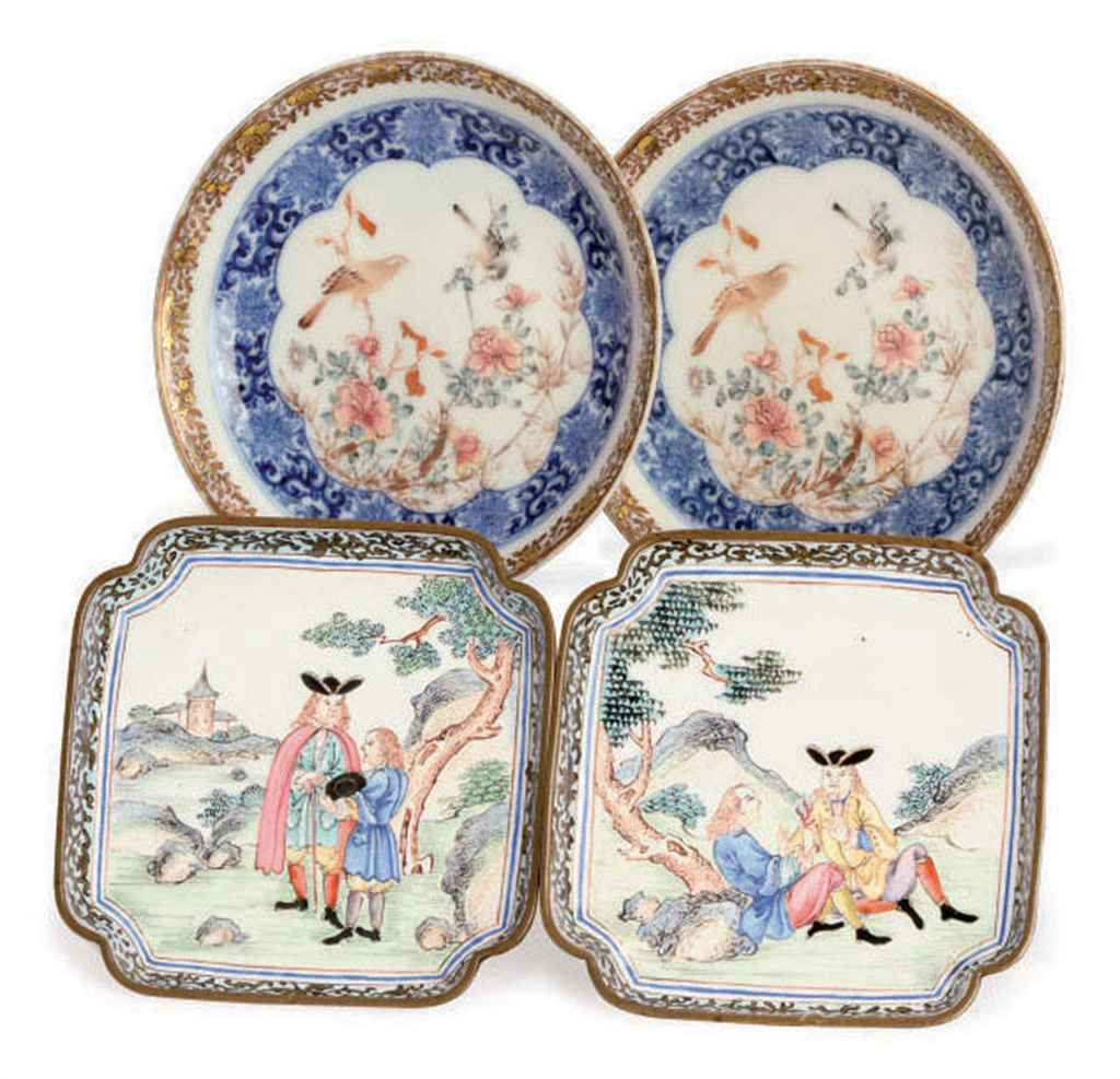 A PAIR OF CHINESE EXPORT CANTON ENAMEL DISHES, AND A PAIR OF...