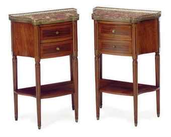 A PAIR OF FRENCH MAHOGANY AND KINGWOOD MARBLE-TOP BEDSIDE TABLES,