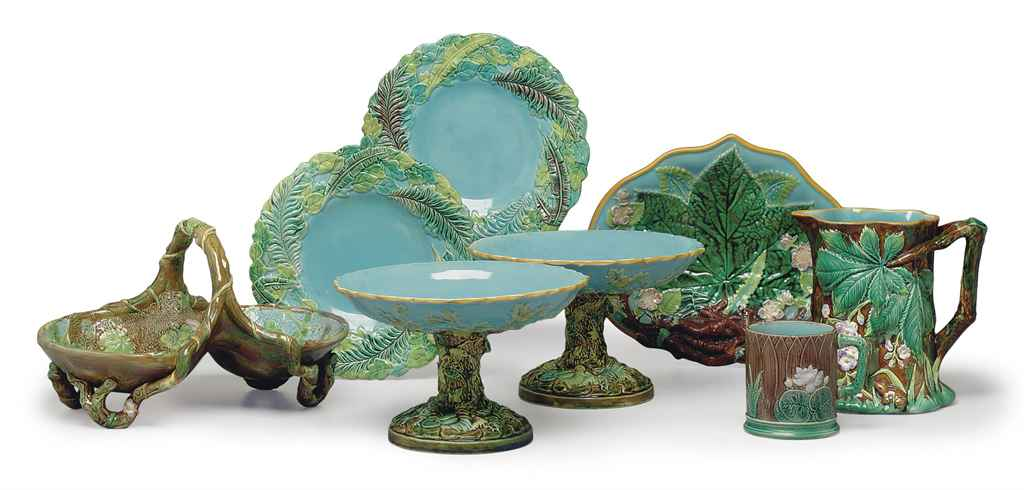 A GROUP OF GEORGE JONES MAJOLICA TABLE WARES