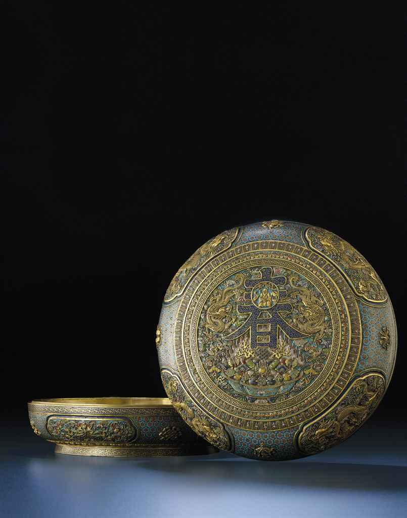AN IMPORTANT AND EXCEEDINGLY RARE PAIR OF CLOISONNE AND CHAM...