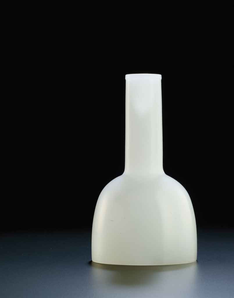 A RARE IMPERIAL OPAQUE WHITE GLASS VASE