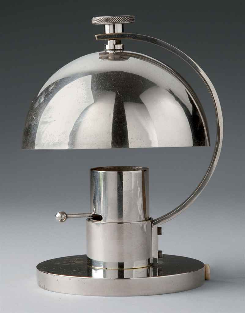 Maison desny 1927 1933 lampe de chevet vers 1930 for Lampe de chevet london
