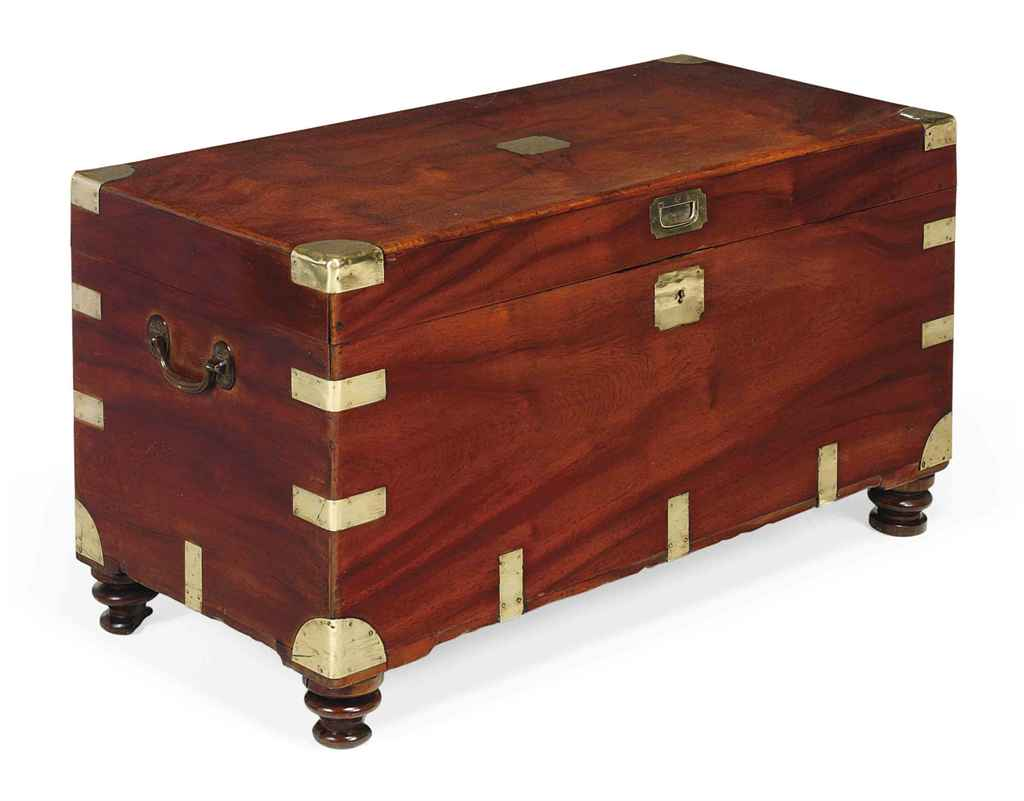 A LATE VICTORIAN CAMPHORWOOD A
