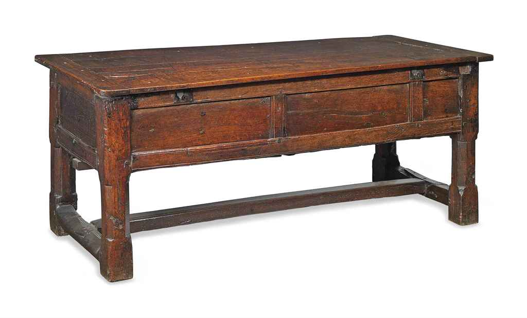 AN OAK PANELLED CHEST TABLE