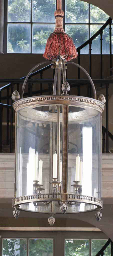 lanterne monumentale de style louis xvi debut du xxeme. Black Bedroom Furniture Sets. Home Design Ideas