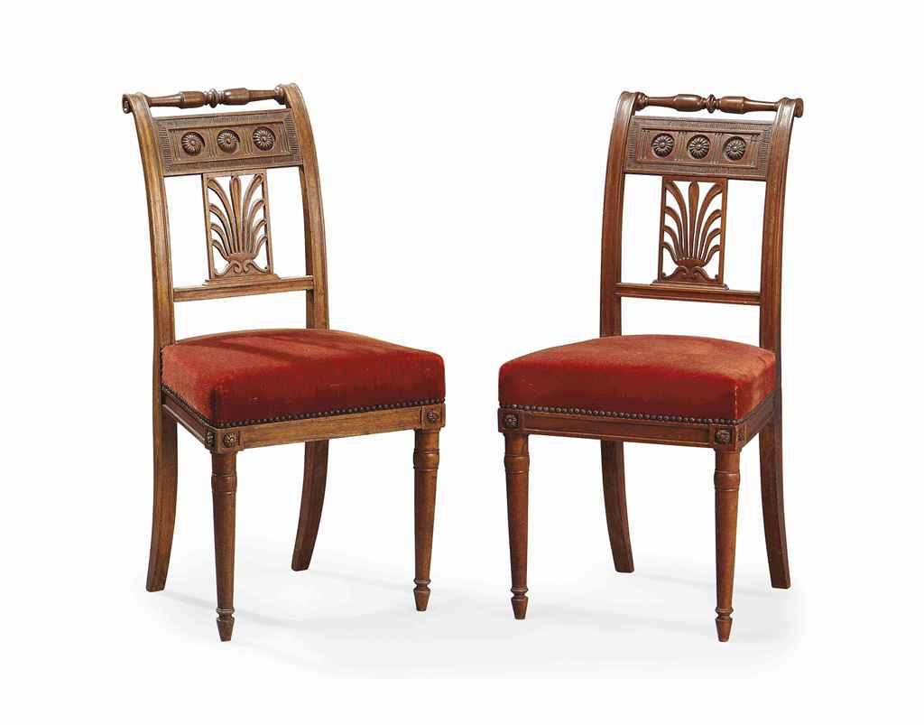 Paire de chaises d 39 epoque directoire vers 1800 christie 39 s for Chaise directoire