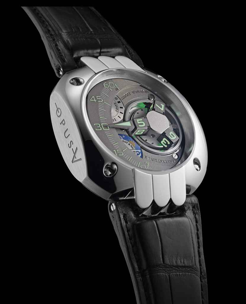 HARRY WINSTON AN UNUSUAL, LARGE AND RARE LIMITED EDITION PLA...