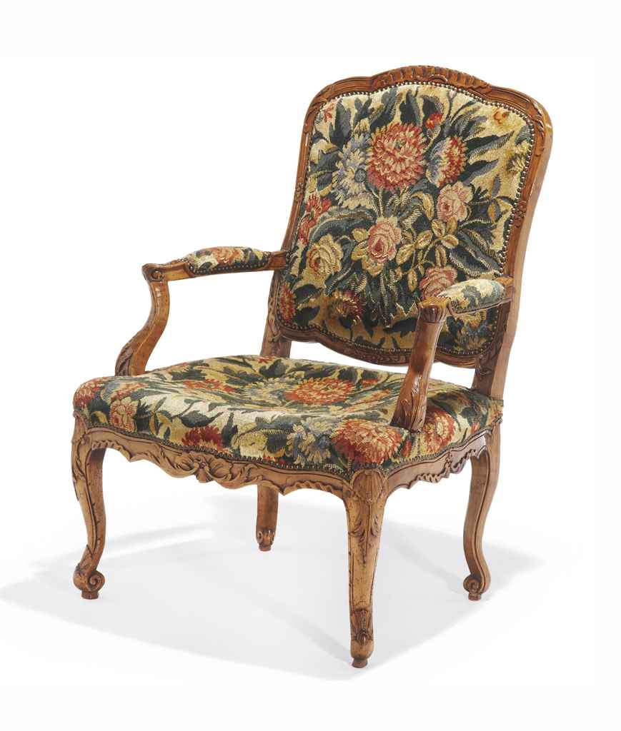 fauteuil a la reine de style louis xv christie 39 s. Black Bedroom Furniture Sets. Home Design Ideas
