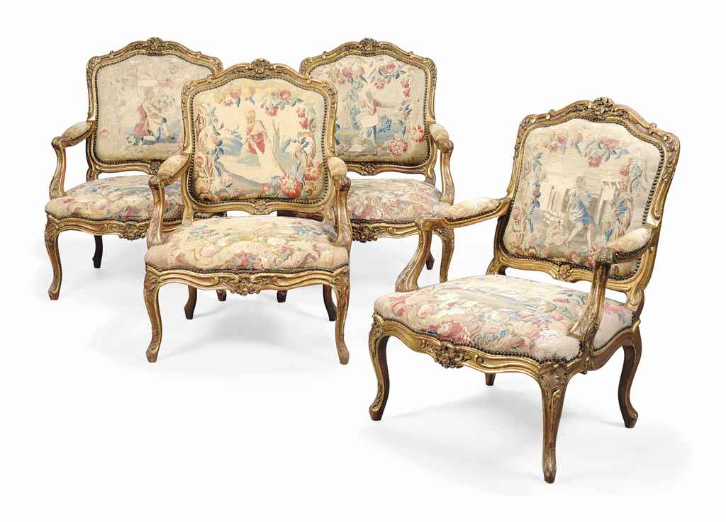 A SET OF FRENCH GILTWOOD FAUTE