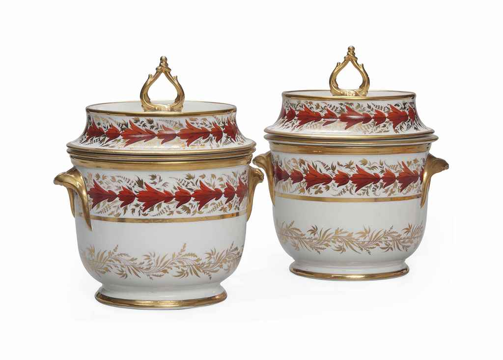 A PAIR OF ENGLISH PORCELAIN IC