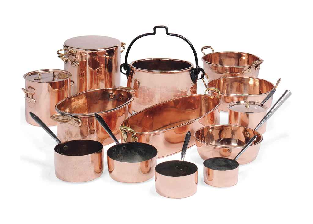 An assembled copper batterie de cuisine most victorian - Batterie de cuisine beka ...