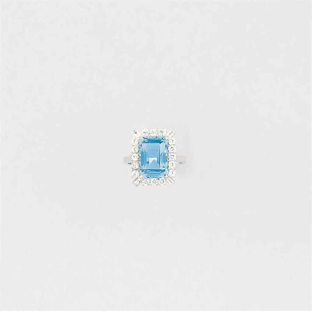 An aquamarine and diamond clus