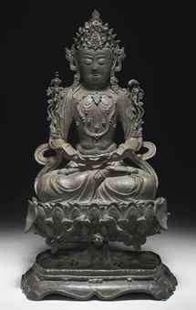 A LARGE BRONZE FIGURE OF GUANYIN