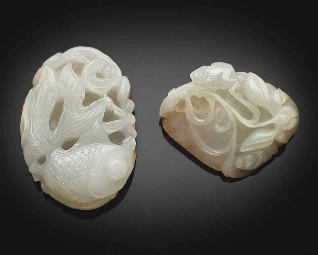 A WHITE JADE PENDANT AND A WHITE JADE CARVING