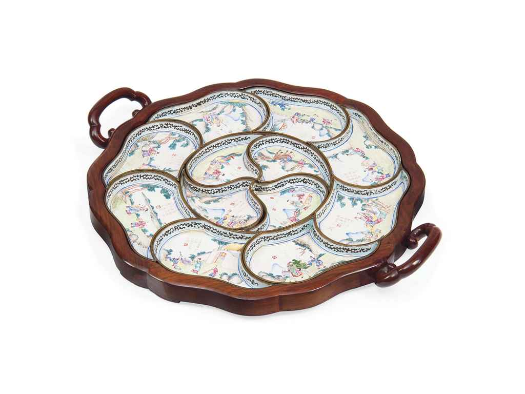 A SET OF CHINESE ENAMEL SERVING DISHES
