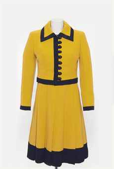 MARGARET THATCHER'S DRESS SUIT