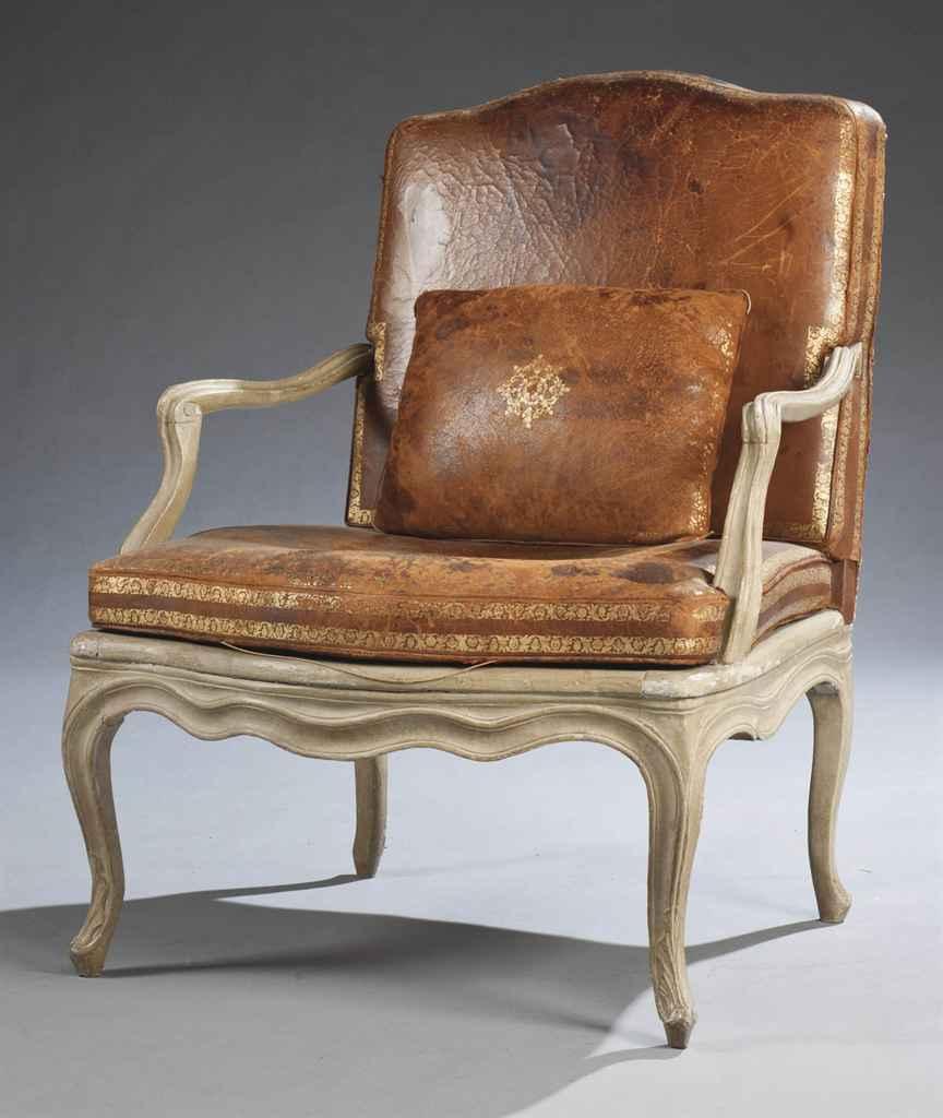 fauteuil a la reine d epoque louis xv milieu du xviiieme siecle christie s
