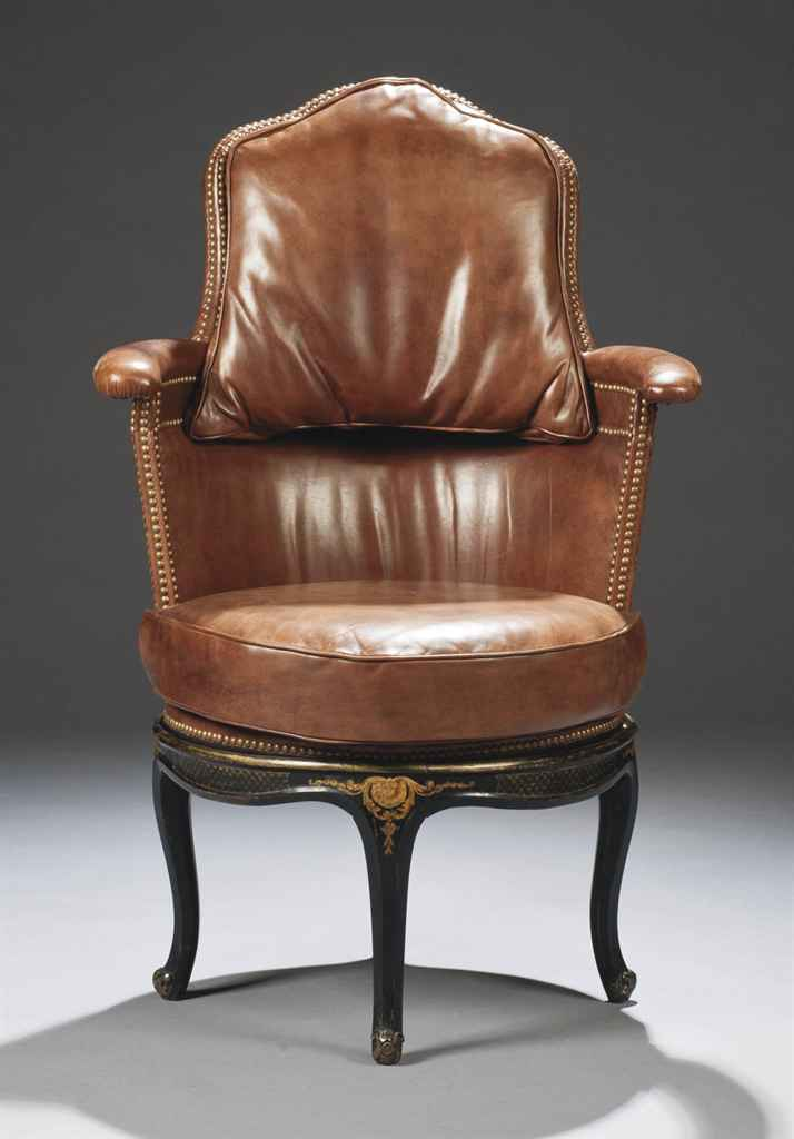 fauteuil de bureau de style louis xv comprenant des. Black Bedroom Furniture Sets. Home Design Ideas