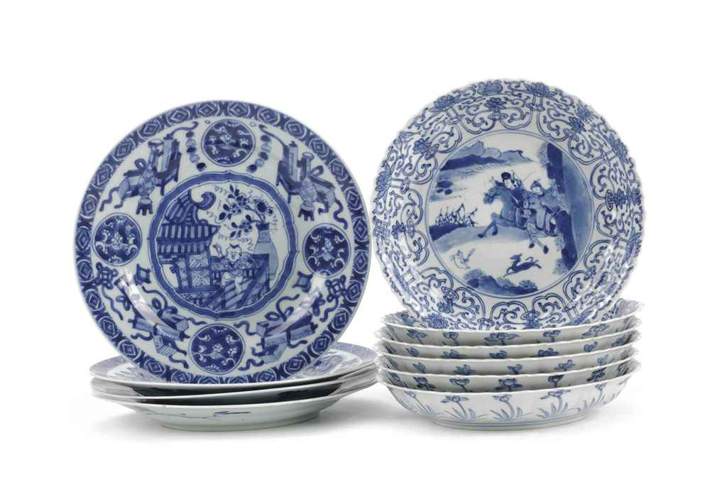 A set of six and a set of four Chinese blue and white plates...