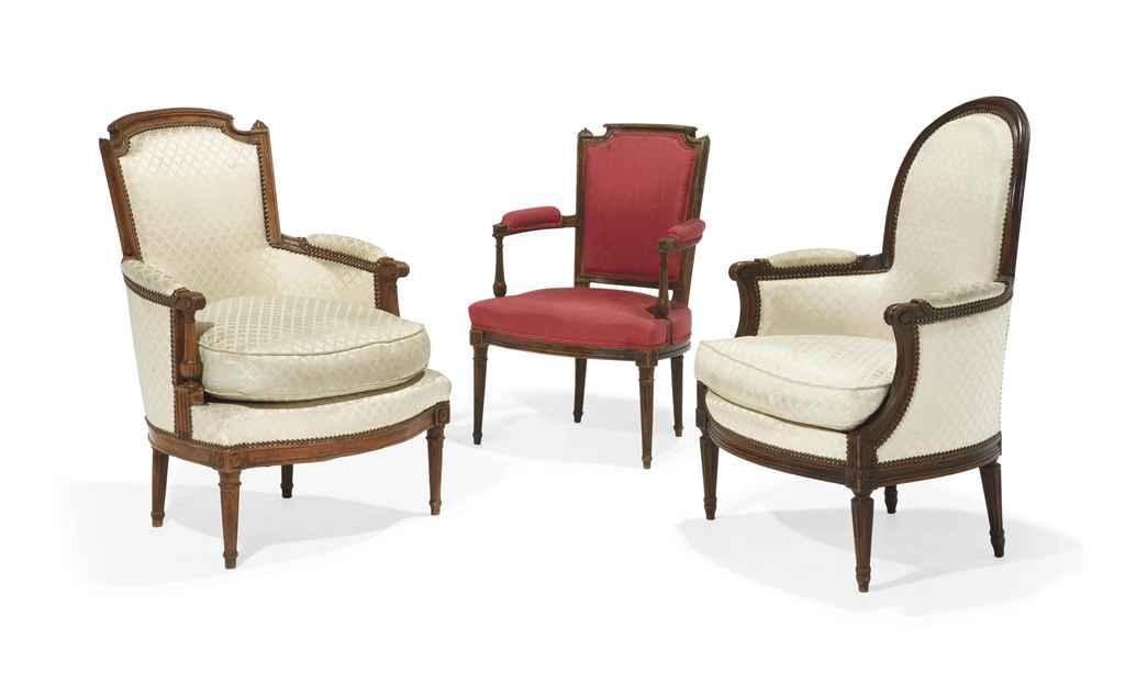 Bergere et fauteuil d 39 epoque louis xvi fin du xviiieme siecle christi - Fauteuil bergere moderne ...