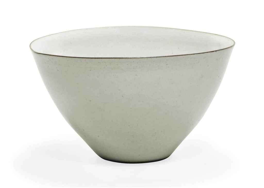 A LUCIE RIE (1902-1995) STONEW