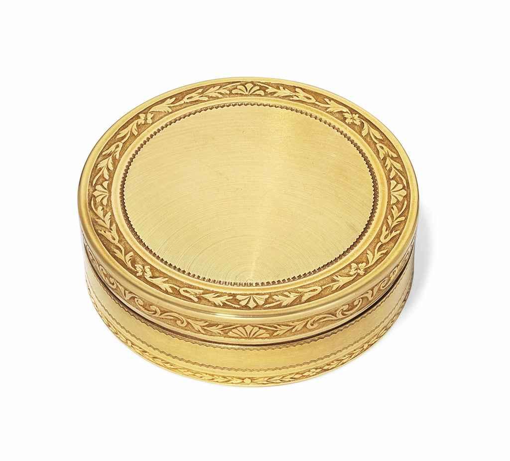 A FRENCH GOLD BONBONNIERE