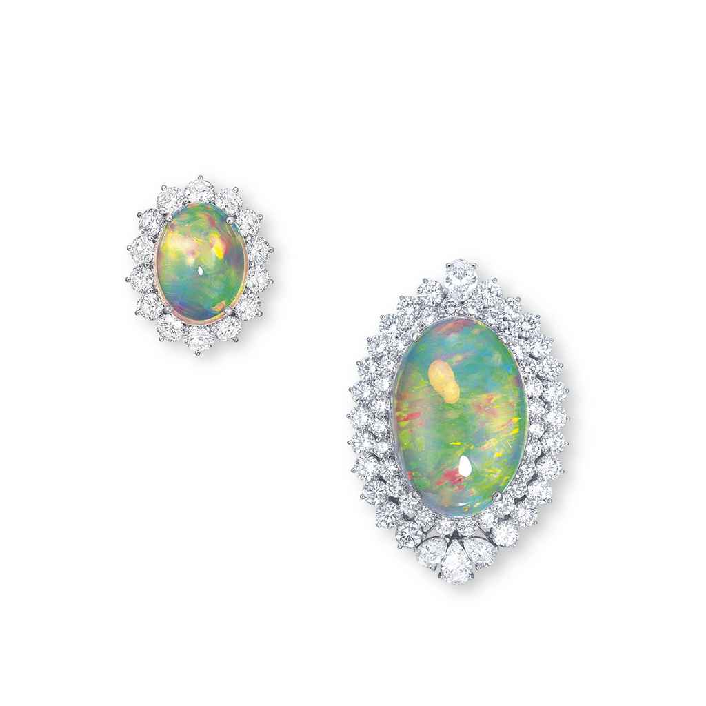 A SET OF CRYSTAL OPAL AND DIAM
